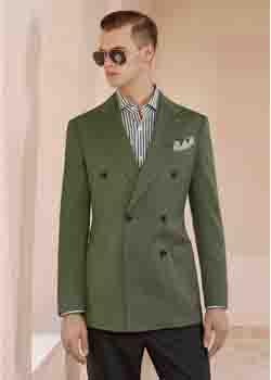 草绿色休闲西装