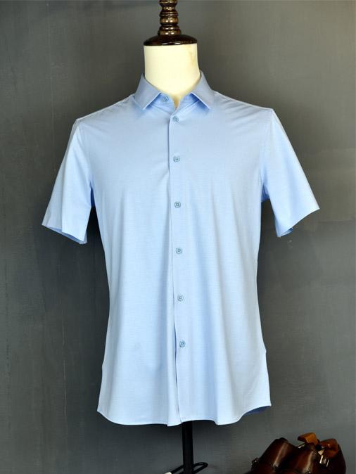 蓝色弹力衬衫