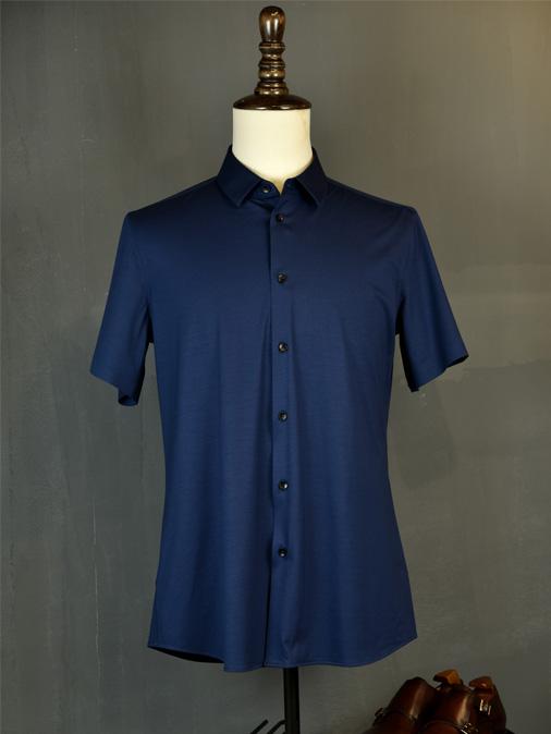 深蓝色弹力衬衫
