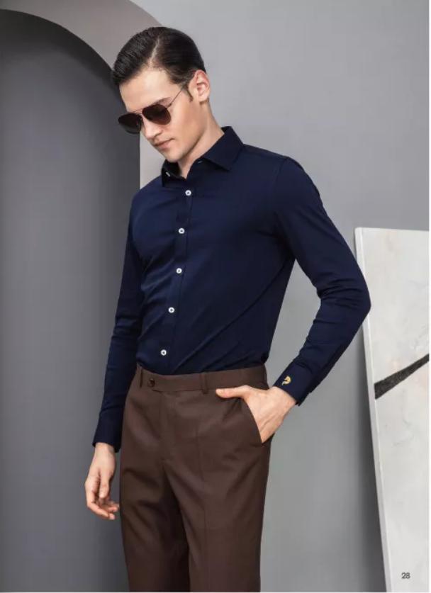 深蓝色商务衬衫