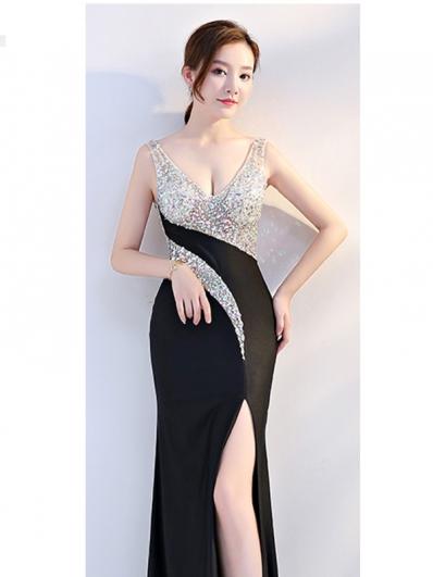 银色拼接黑色礼服裙