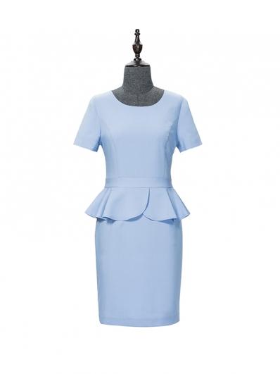 蓝色荷叶摆连衣裙