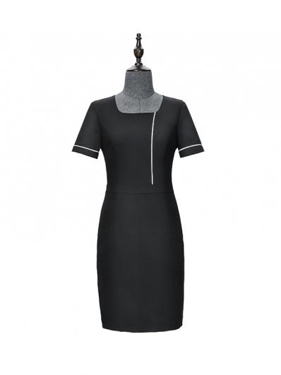 黑色个性撞边连衣裙